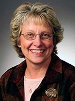 Denise Schwab headshot