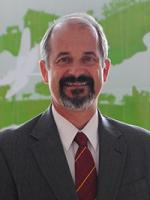 Dirk Maier headshot