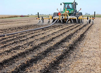manure application on field