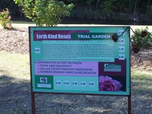 Earth Kind® Roses Trial Garden Sign