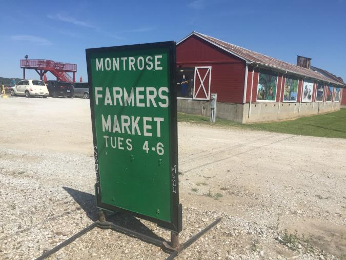 montrose market sign and building