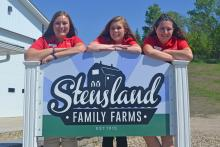 Photo of the Interns at Stensland Farms