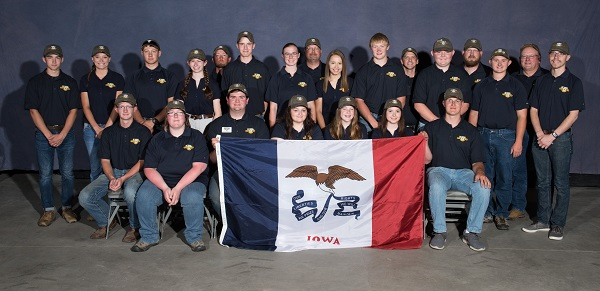 Iowa youth delegates to 2019 4-H Shooting Sports National Championships.