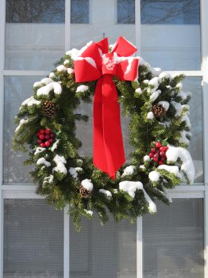 Yard And Garden Construct A Homemade Christmas Wreath News