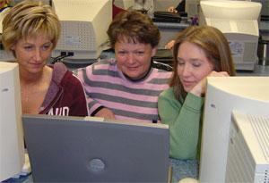 Women at Annie's Project Workshop