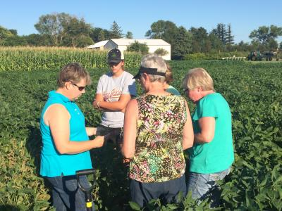 Agronomy in the Field Participants, Kanawha, IA 2015