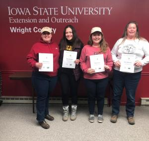 Participants pictured receiving the Women Managing Horses certificate from left to right are Andrea Barton, Grace Rohrdanz, Holly Brown, and Robin Ballantyne